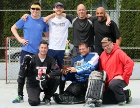 Mario Bartel storyteller blogger road hockey