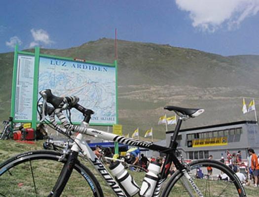 Mario Bartel storyteller cyclist photographer communicator