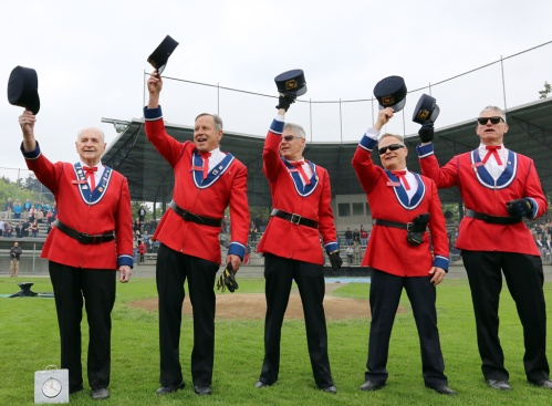 The ceremony concludes with three cheers for the Queen. Photo by Mario Bartel