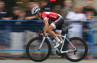 MARIO BARTEL PHOTO Sara Bergen speeds down the main stretch at Friday's PoCo Grand Prix.