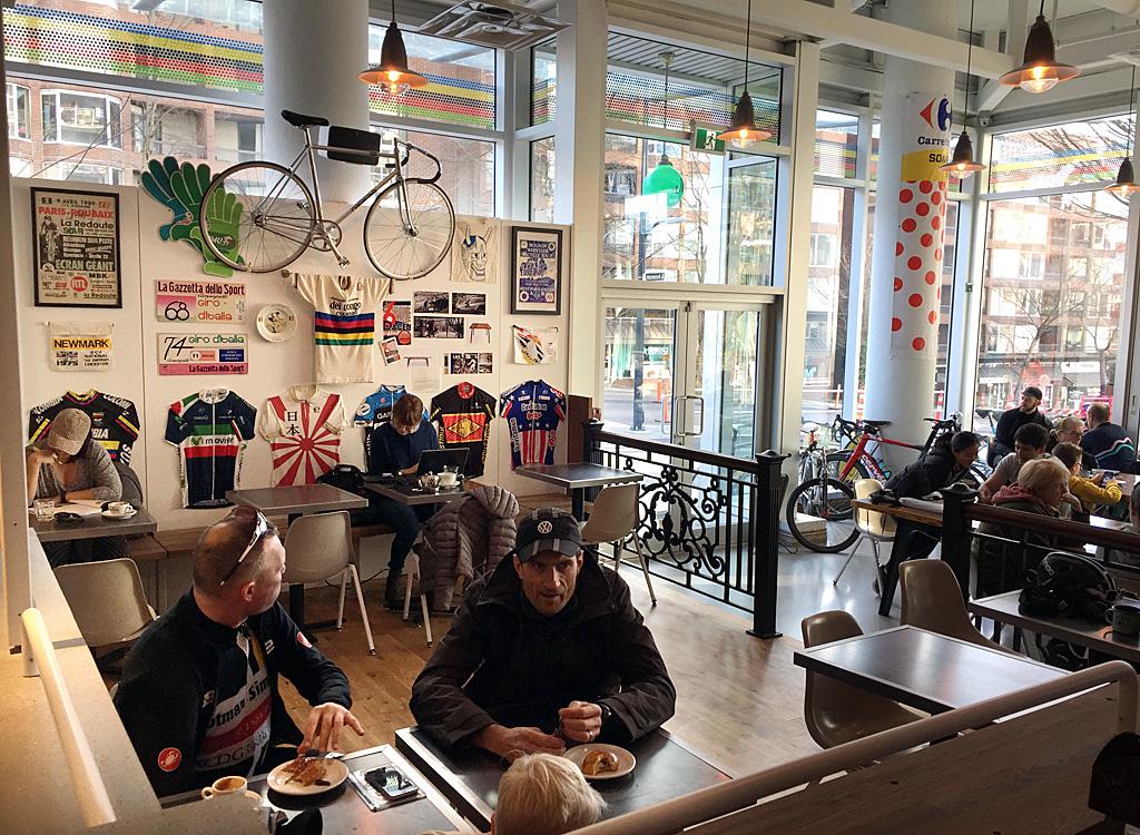 Mario Bartel storyteller blogger cyclist